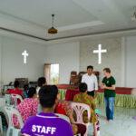 Из буддистского мальчика в пастора христианской церкви.